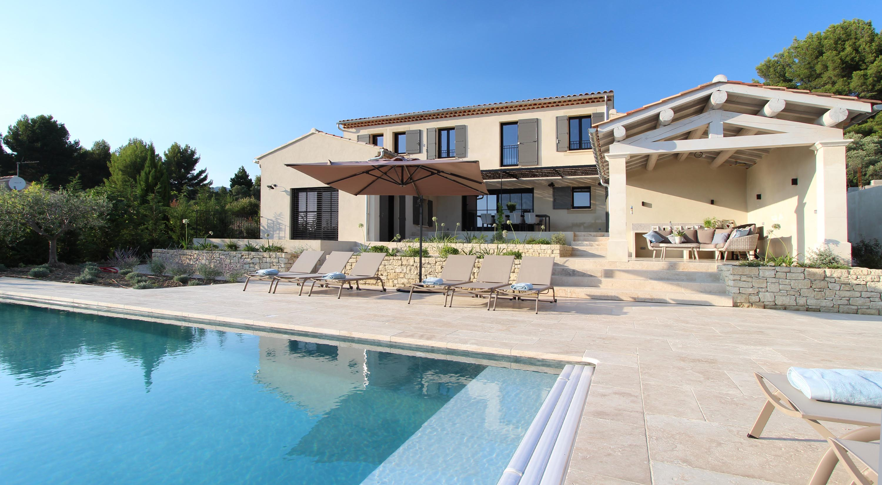 Luxury rental holiday villa in Provence