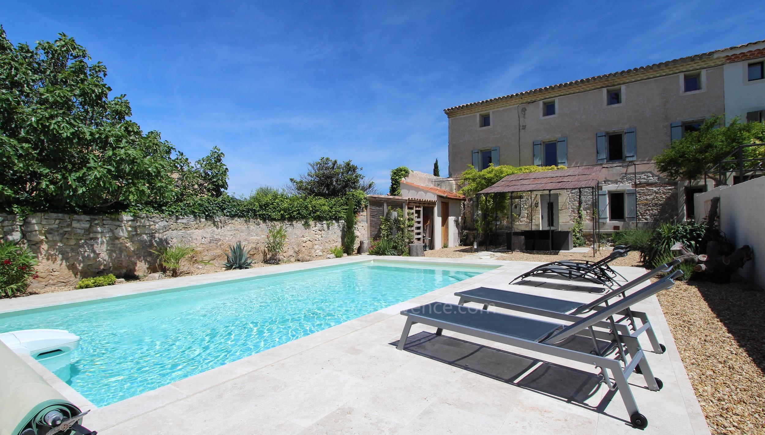 Louer maison en provence avec piscine ventana blog - Location maison avec piscine luberon ...