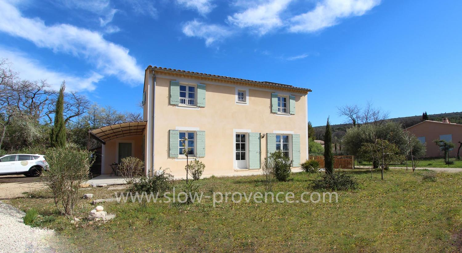 Dog-friendly holiday home near Mont Ventoux