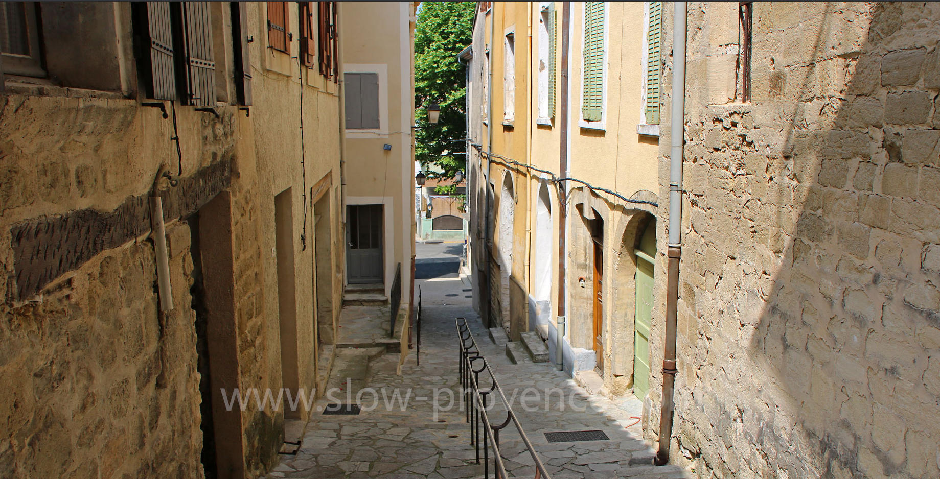 Mormoiron provençal village at the footstep of Mont Ventoux